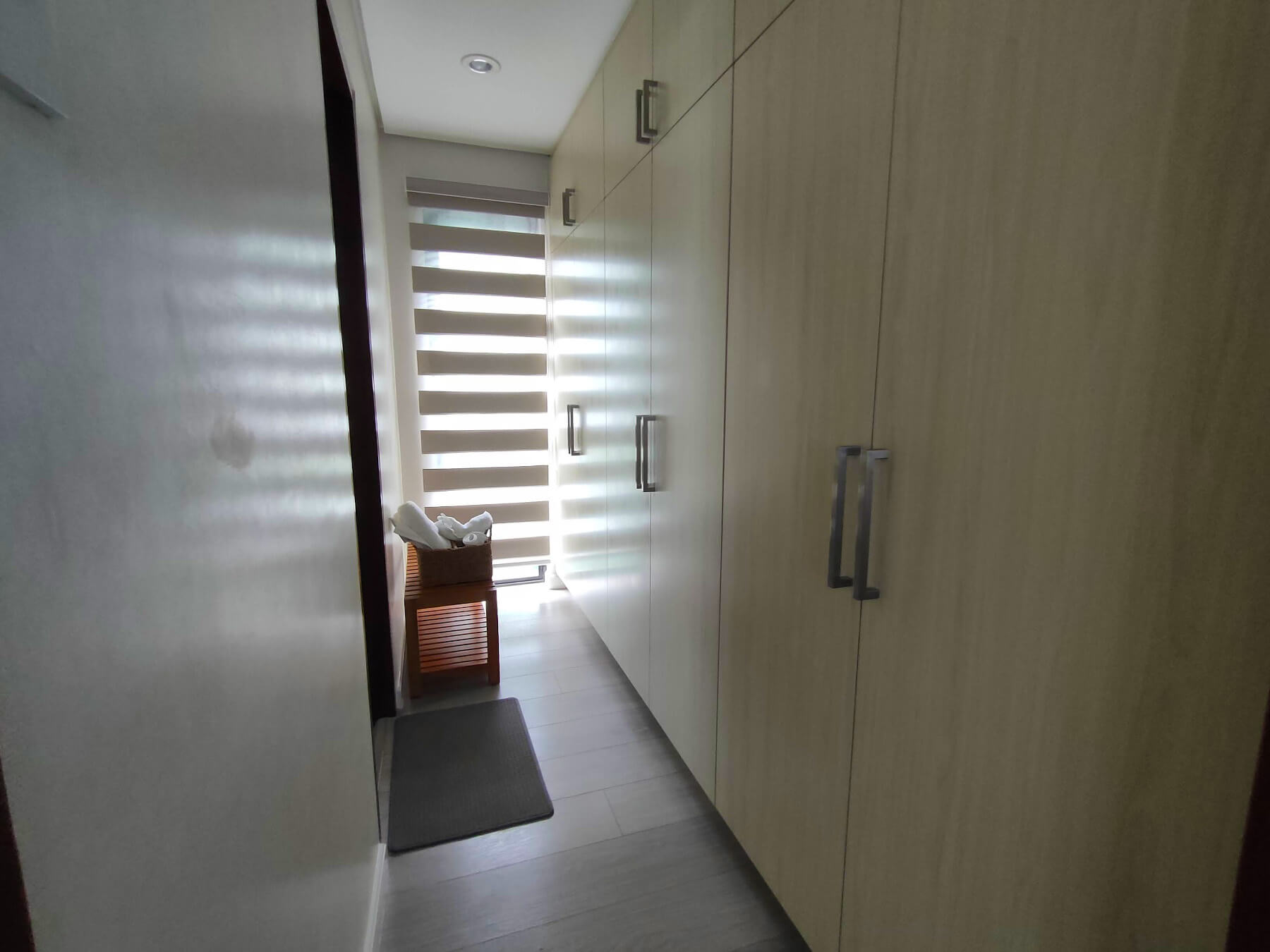 Brizlane Residences - Master's Closet