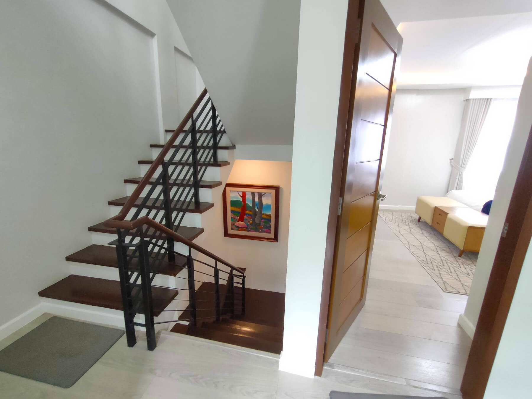 Brizlane Residences - Third Floor Hall